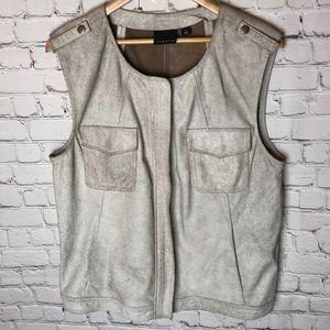 100% Leather Size Large Trouve Cream Vest